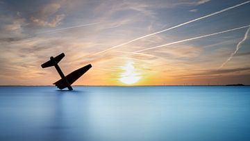 Vliegtuig monument Harderwijk van Fotografiecor .nl
