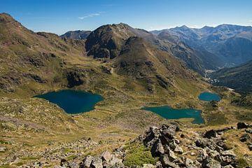 Bergmeren in Pyreneeën  van Paul Wendels