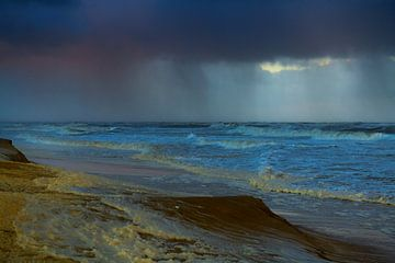 Stormnacht aan Hollandse kust van Georges Hoeberechts