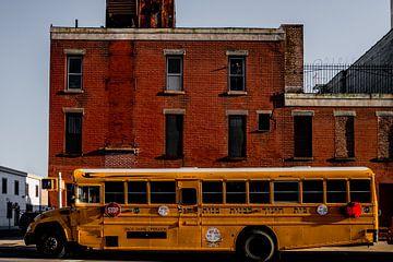 Schulbus in Brooklyn New York von marijn zeilstra