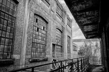 Fabrieksgebouw (zwart-wit) von Rens Bok