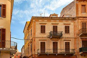 Mediterrane Architektur auf der Insel La Maddalena, Sardinien, Italien