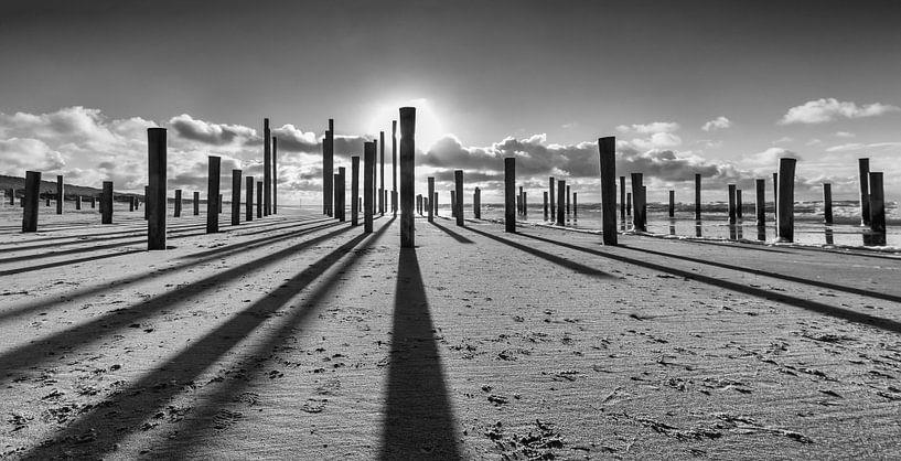 Post on the beach of Petten Holland von Menno Schaefer