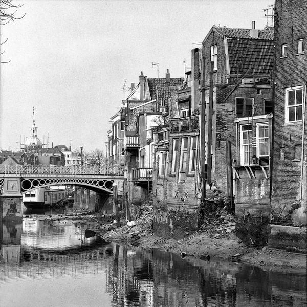 Dordrecht Voorstraathaven (Nieuwbrug) van Dordrecht van Vroeger