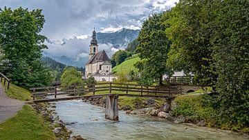 Kerkje Ramsau in Berchtesgaden, Duitsland van Rens Marskamp