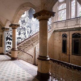 Verlassene Eingangshalle. von Roman Robroek