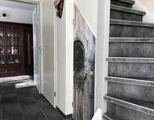 Klantfoto: Houten paal van Anouschka Hendriks, op naadloos behang