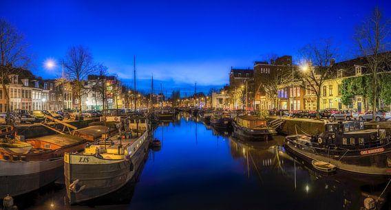 Groningen  - Blauwe uur in Noorderhaven