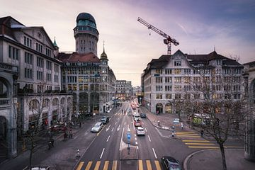 Zürich: Urania sur Severin Pomsel