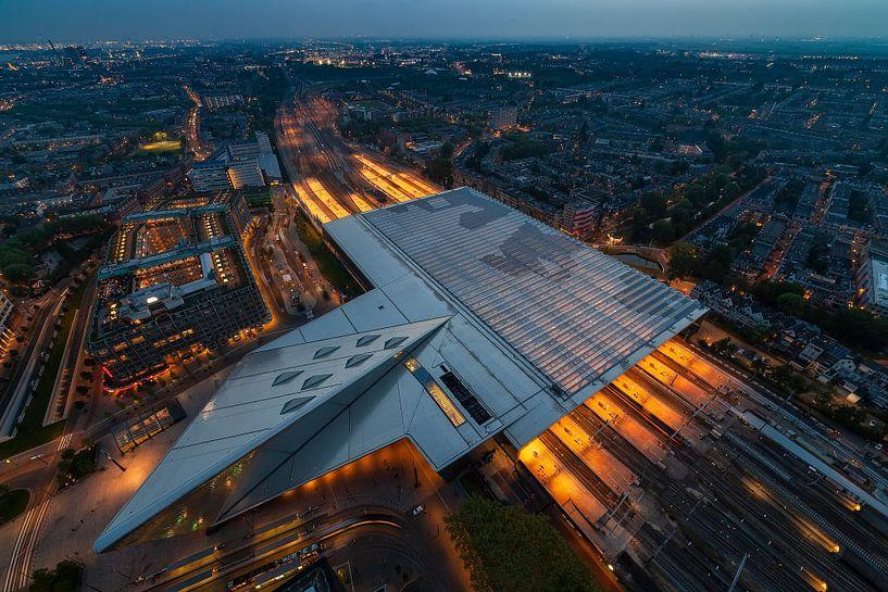 Rotterdam Centraal Station van Roy Poots