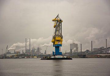Navigation sur le canal de la mer du Nord sur scheepskijkerhavenfotografie