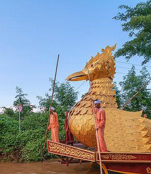 Phaung Daw Oo Pagode van Maarten Verhees