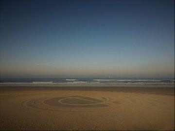 kunst op het strand van Margriet Adema
