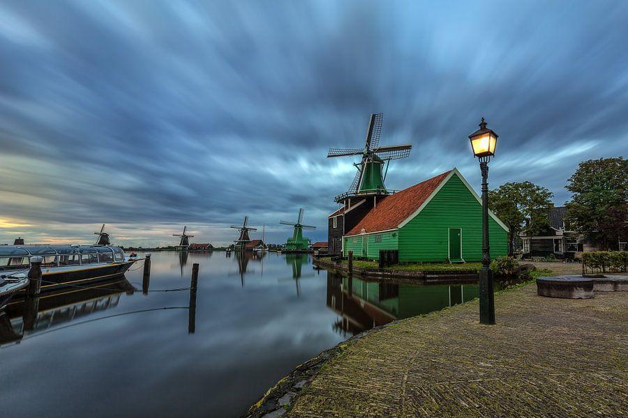 The majestic windmills of Zaanse Schans van Costas Ganasos