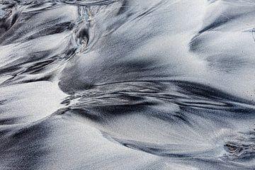 Patronen in het zand van Antwan Janssen