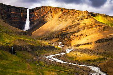 IJslandse watervallen II van Daniela Beyer