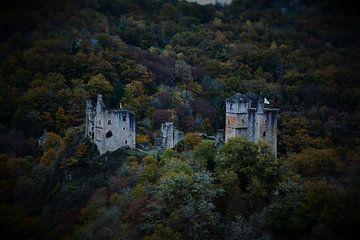 Les Tours de Merle, Frankrijk. von Berend Doornenbal