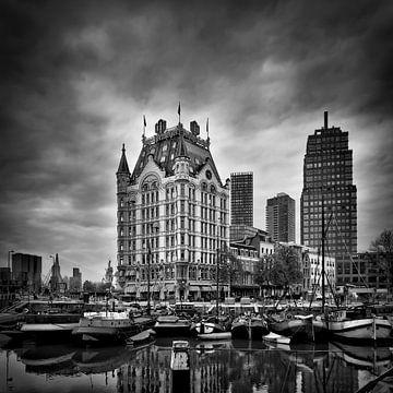 alten Hafen und das Weiße Haus (monochrom, quadratisch) von Prachtig Rotterdam