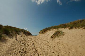 De strandopgang op Texel van Wim van der Geest