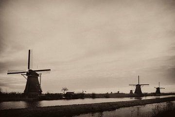 Kinderdijk von Ed van Loon