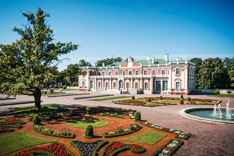 Tallinn - Kadriorg Palace van Alexander Voss