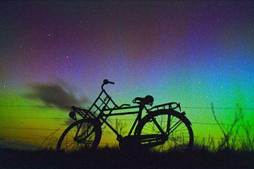 Vélo à l'aurore verte.