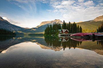 Avond in Emerald Lake van Kevin de Lange
