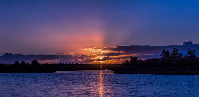 Sunset  van Reint van Wijk