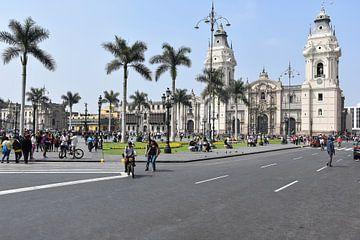 Plaza de Armas, Lima van Zarina Buckert