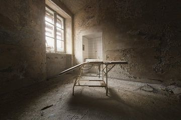 Chaise d'entraînement abandonnée. sur Kristof Ven