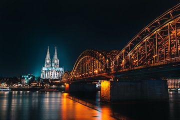 Keulse kathedraal 's nachts van Christian Klös