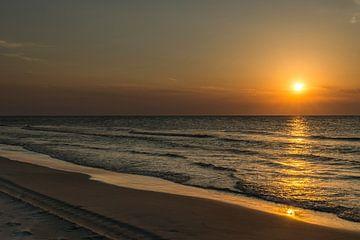 Zonsondergang Zomeravond van Waterpieper Fotografie