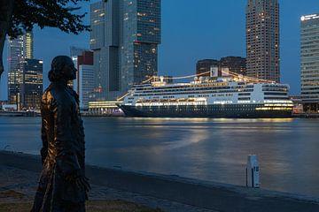 Das Kreuzfahrtschiff MS Rotterdam zum letzten Mal im Kreuzfahrthafen von Rotterdam