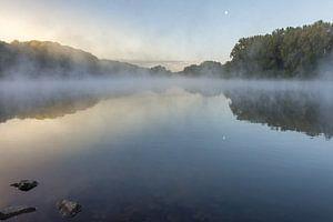 Sonnenaufgang am Cranenweyer mit aufsteigendem Nebel