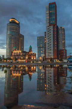 Kop van Zuid met Hotel New York Rotterdam van Peter Hooijmeijer