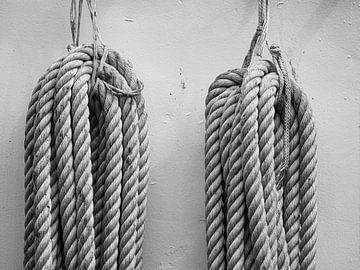 een paar touwen van Lydia Toerse