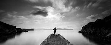 Rust in een baai nabij Alghero op Sardinië van Damien Franscoise