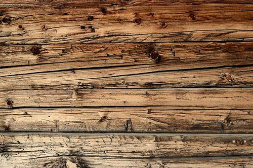 Oude, verweerde eikenhouten wagondelen van iPics Photography