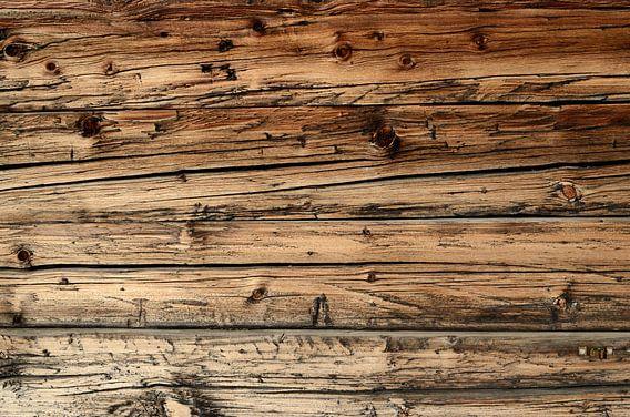 Oude, verweerde eikenhouten wagondelen