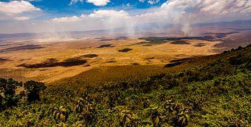 Uitzicht op de Ngorongoro krater van René Holtslag