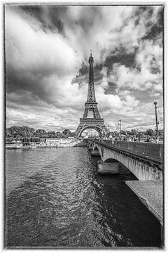 Eiffeltoren in Parijs vanaf de Seine van Celina Dorrestein