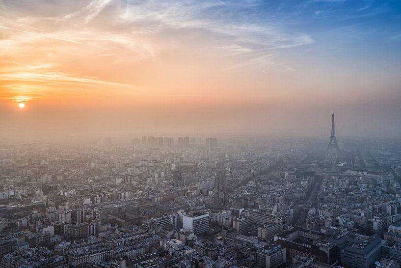 Mist in Parijs van Albert Dros
