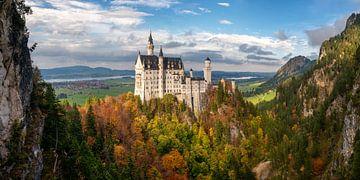 Schloss Neuschwanstein in Herbstfarben von Martin Podt