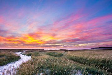 Sonnenuntergang am Slufter auf Texel von Hilda Weges