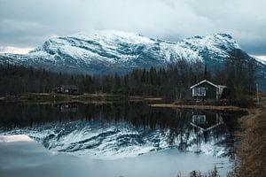 Bergen in het noorden van Scandinavië van Iris Zoutendijk