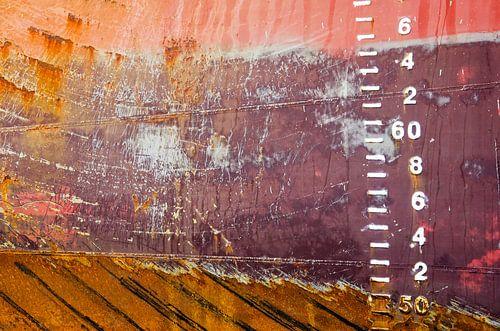 Scheepsromp in rood en bruin