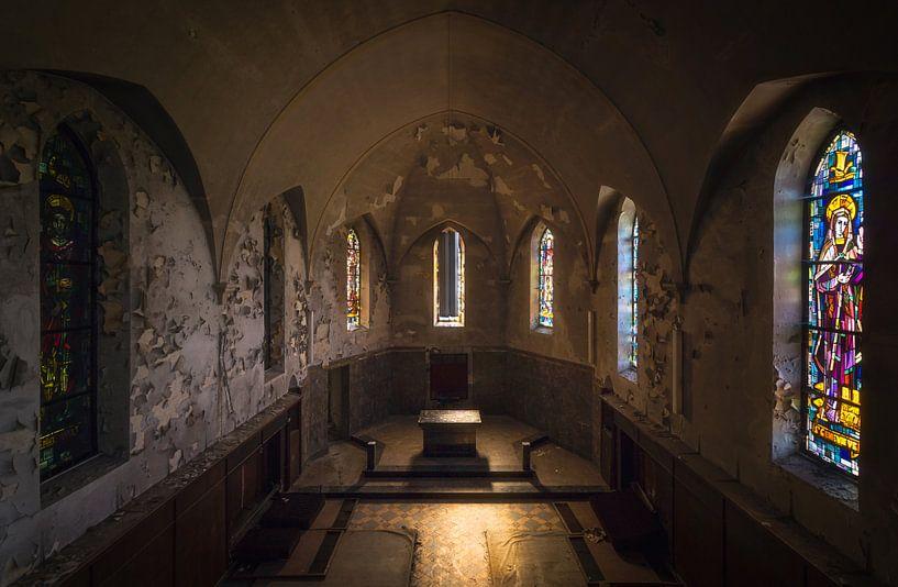 Verlaten Kapel in Verval. van Roman Robroek