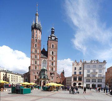 St. Mary's Basilica  on the Rynek , UNESCO World Heritage Site,  Krakow, Lesser Poland, Poland, Euro