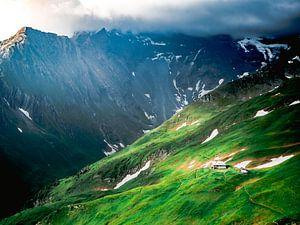 Haus in den Bergen von Oscar van Crimpen
