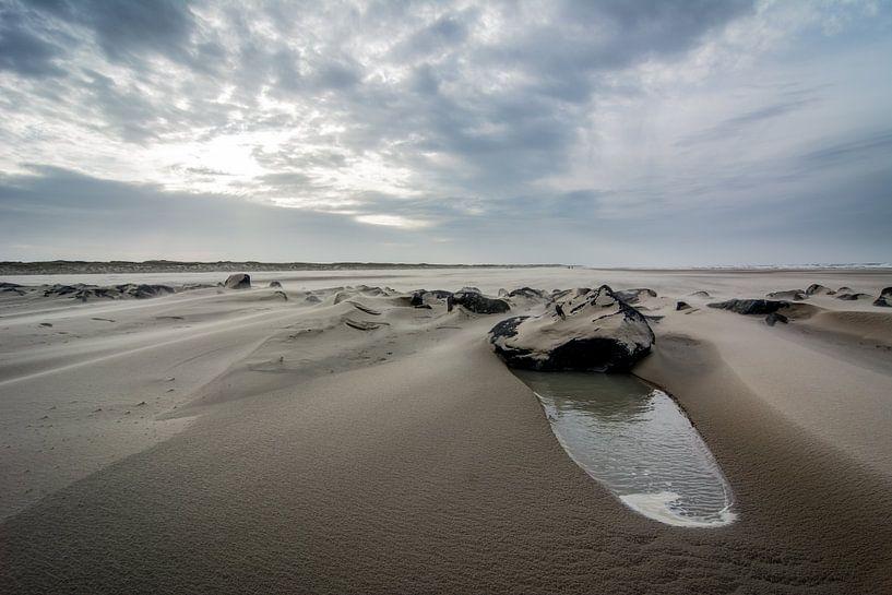Storm op het strand 06 van Arjen Schippers